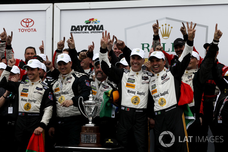 Victory lane, Winners #5 Action Express Racing Cadillac DPi: Joao Barbosa, Filipe Albuquerque, Christian Fittipaldi with the team