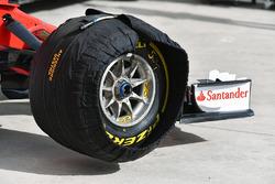 Ferrari SF70H front wheel and Pirelli tyre in blanket