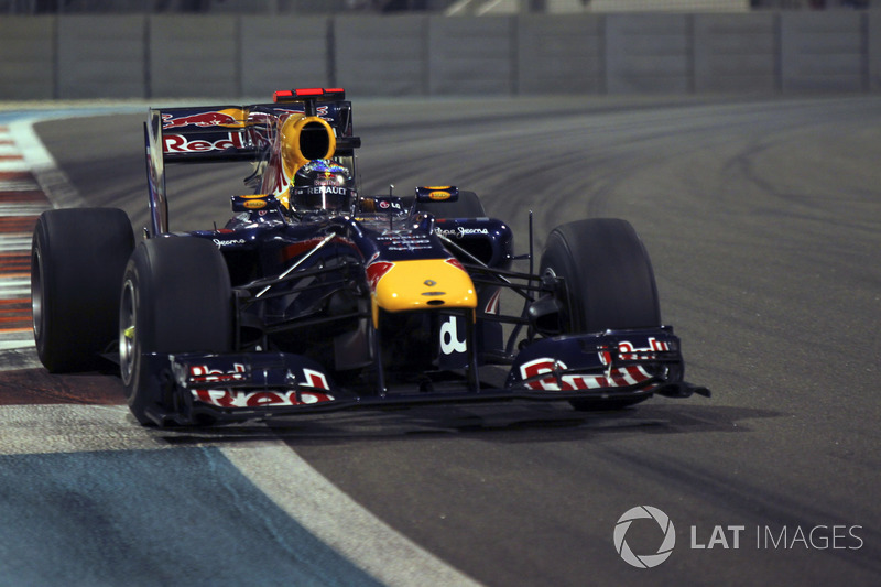 28. El Red Bull Racing RB6 de F1 de 2010