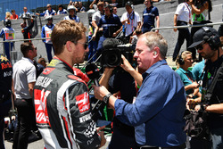 Martin Brundle, Sky TV talks with Romain Grosjean, Haas F1