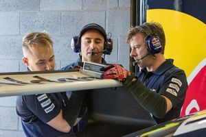 Triple Eight Race Engineering Holden members at work
