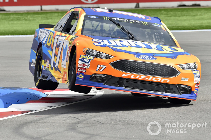 23. Ricky Stenhouse Jr., Roush Fenway Racing, Ford Fusion SunnyD