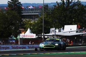 #45 Aston Martin DBR9: Dario Franchitti
