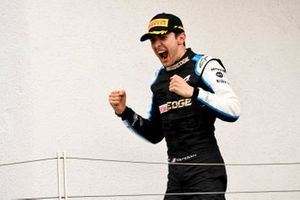 Podio: ganador Esteban Ocon, Alpine F1