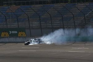 Esmee Hawkey, T3-Motorsport crash