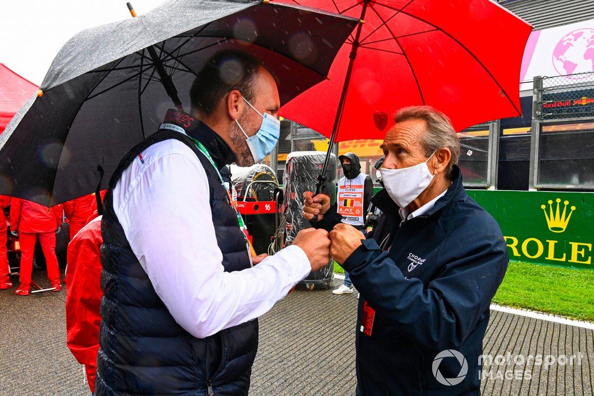 La leyenda del automovilismo belga Jacky Ickx en la parrilla de salida
