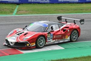#304 AF Corse/Formula Racing, Ferrari 488 Challenge Evo: Christian Brunsborg