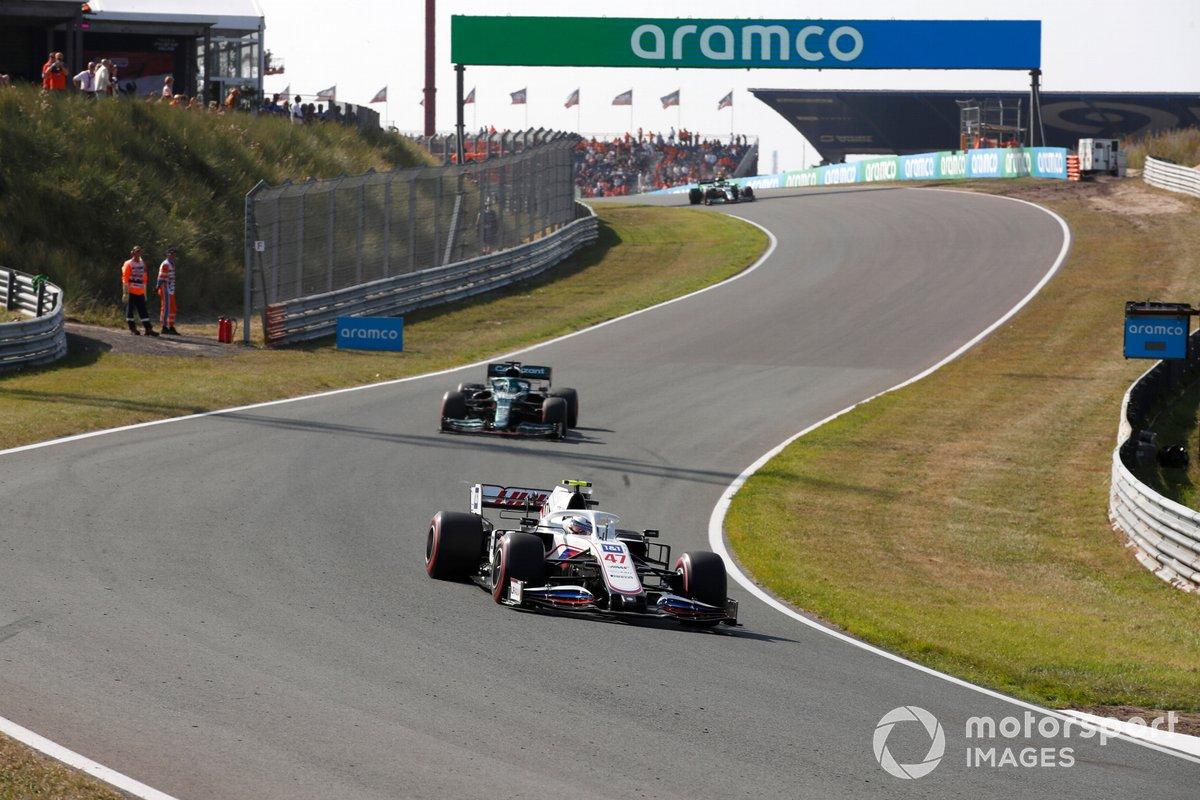 Mick Schumacher, Haas VF-21, Lance Stroll, Aston Martin AMR21