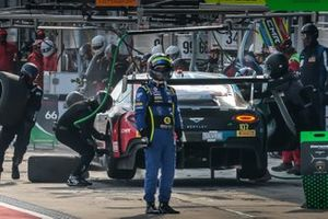 #107 CMR Bentley Continental GT3: Stéphane Tribaudini, Stuart White, Pierre Alexandre Jean