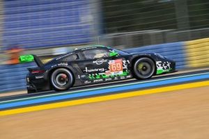 #69 Herberth Motorsport Porsche 911 RSR - 19 LMGTE Am, Robert Renauer, Ralf Bohn, Rolf Ineichen