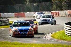 #1 BMW 325i: Christopher Rink, Danny Brink, Philipp Leisen