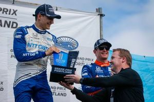 Alex Palou, Chip Ganassi Racing Honda celebra la victoria en el Grand Prix de Portland