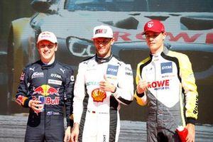 Top 3 na kwalificatie, Pole sitter Marco Wittmann, Walkenhorst Motorsport, Liam Lawson, AF Corse, Sheldon van der Linde, ROWE Racing