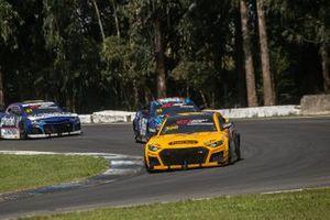 GT Sprint Race em Curitiba, com Henriques/Seid na ponta