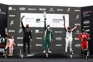 Pódio da Porsche GT3 Cup em Goiânia
