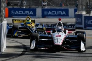 Josef Newgarden, Team Penske Chevrolet, Zach Veach, Andretti Autosport Honda