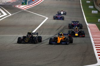 Kevin Magnussen, Haas F1 Team VF-19, leads Lando Norris, McLaren MCL34, Pierre Gasly, Red Bull Racing RB15, and Alexander Albon, Toro Rosso STR14