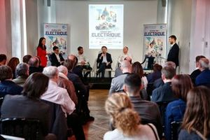 Jerome Hiquet, Formula E Chief marketing Officer, Jean-Eric Vergne, DS TECHEETAH, Alejandro Agag, CEO, Formula E, Xavier Mestelan, Head of DS Performance