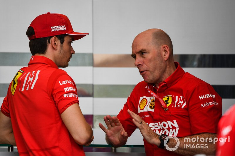 Charles Leclerc, Ferrari, con Jock Clear, Ingegnere di pista, Ferrari