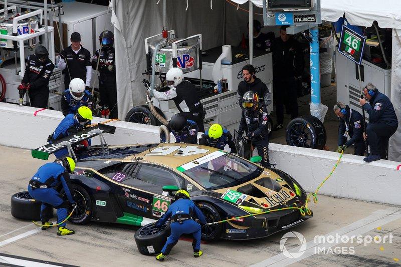 #46 EBIMOTORS Lamborghini Huracan GT3, GTD: Emanuele Busnelli, Fabio Babini, Taylor Proto, Pit Stop