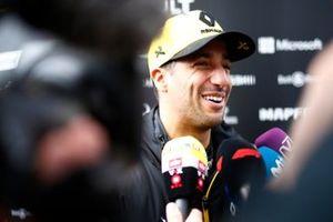 Daniel Ricciardo, Renault F1 Team talks with the media