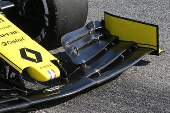 Renault F1 Team front nose technical detail