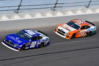 Cole Custer, Stewart-Haas Racing, Ford Mustang Jacob Companies and Chase Briscoe, Stewart-Haas Racing, Ford Mustang Nutri Chomps/Chewy.com