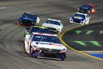 Denny Hamlin, Joe Gibbs Racing, Toyota Camry FedEx Ground and Jimmie Johnson, Hendrick Motorsports, Chevrolet Camaro Ally