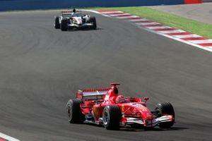 Michael Schumacher, Ferrari 248 F1, Jenson Button, Honda RA106