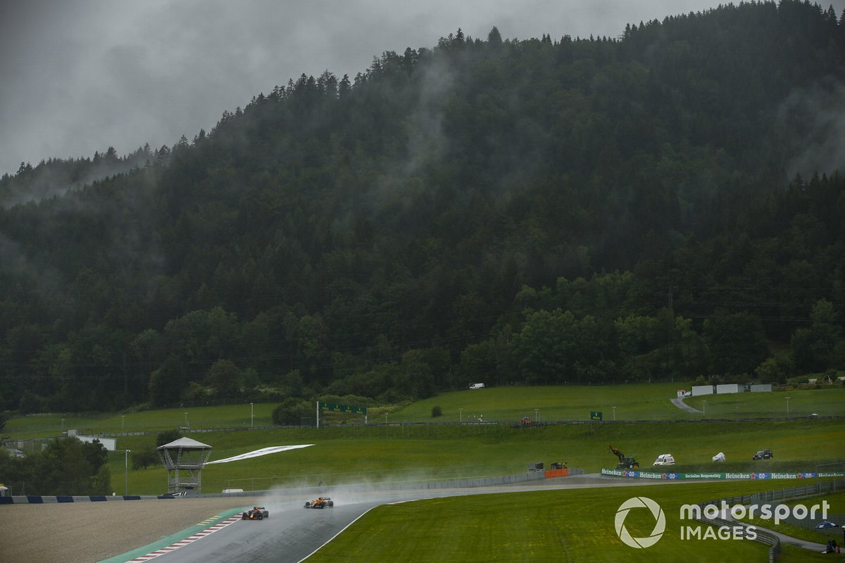 Max Verstappen, Red Bull Racing RB16, Lando Norris, McLaren MCL35