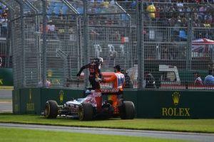 Max Verstappen, Toro Rosso STR10 Renault retires