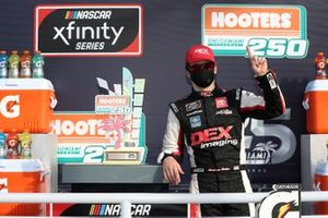 Yarış galibi Harrison Burton, Joe Gibbs Racing, Toyota Supra