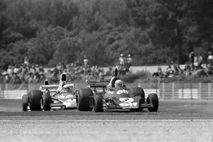 Jody Scheckter, Tyrrell 007, Jochen Mass, McLaren M23 Ford