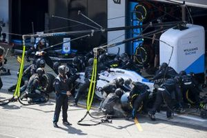 Nicholas Latifi, Williams FW43, in the pits