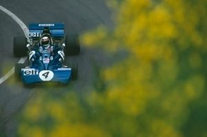 Jackie Stewart, Tyrrell 002 Ford, during practice