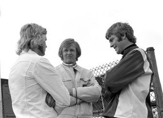 Reine Wisell, Lotus, und Ronnie Peterson, March, mit Max Mosley