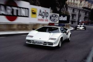 Une Lamborghini Countach officielle