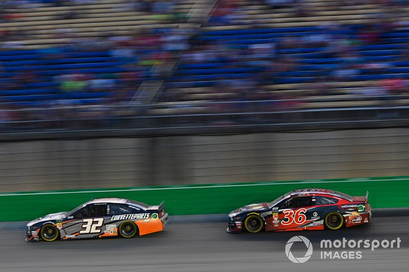 Corey LaJoie, Go FAS Racing, Ford Mustang CorvetteParts.net and Matt Tifft, Front Row Motorsports, Ford Mustang Southwestern Trucking