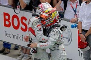 Le vainqueur Nico Müller, Audi Sport Team Abt Sportsline avec Robin Frijns, Audi Sport Team Abt Sportsline