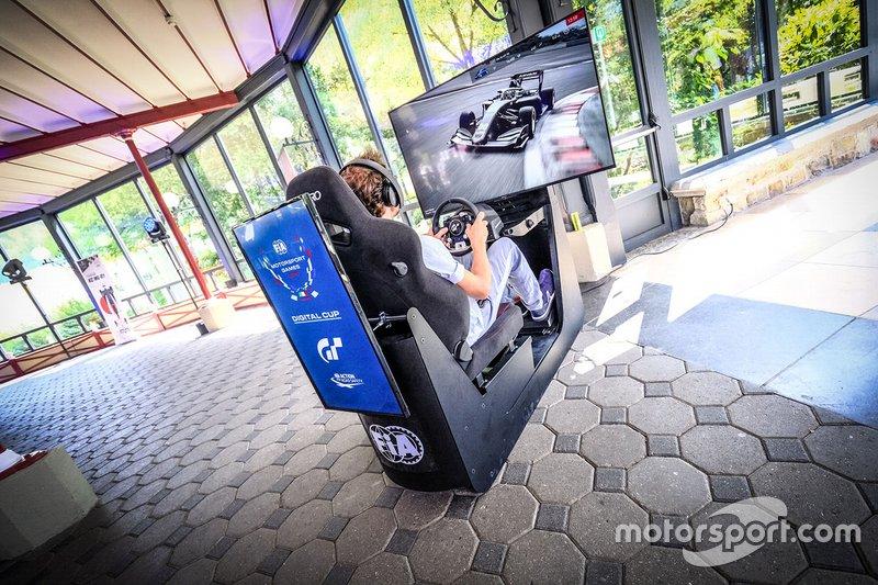 Simulador de los Motorsport Games
