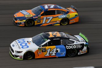 Clint Bowyer, Stewart-Haas Racing, Ford Mustang Toco Warranty, Ricky Stenhouse Jr., Roush Fenway Racing, Ford Mustang SunnyD
