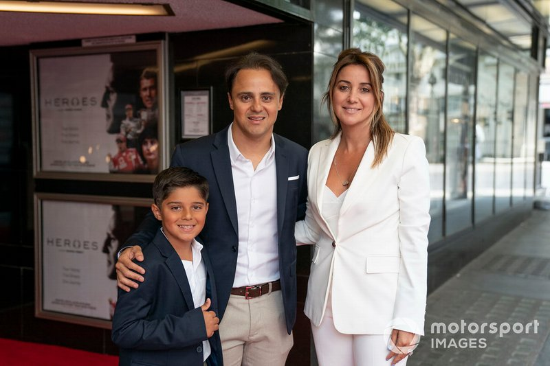 Felipe Massa with his wife and his son
