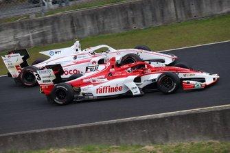 Кента Ямасита, Kondō Racing, и Ниреи Фукузуми, DoCoMo Team Dandelion Racing