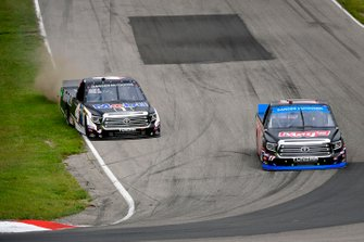 Tyler Ankrum, DGR-Crosley, Toyota Tundra May's Hawaii, Todd Gilliland, Kyle Busch Motorsports, Toyota Tundra Mobil 1