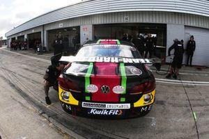 Michael Crees, Team Hard Volkswagen Passat CC