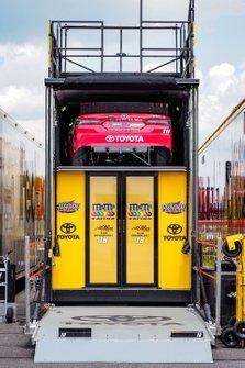 Kyle Busch, Joe Gibbs Racing, Toyota Camry M&M's Skittles