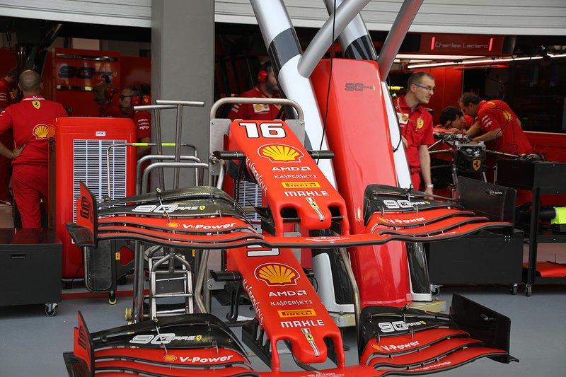 Носовые обтекатели и передние крылья Ferrari SF90