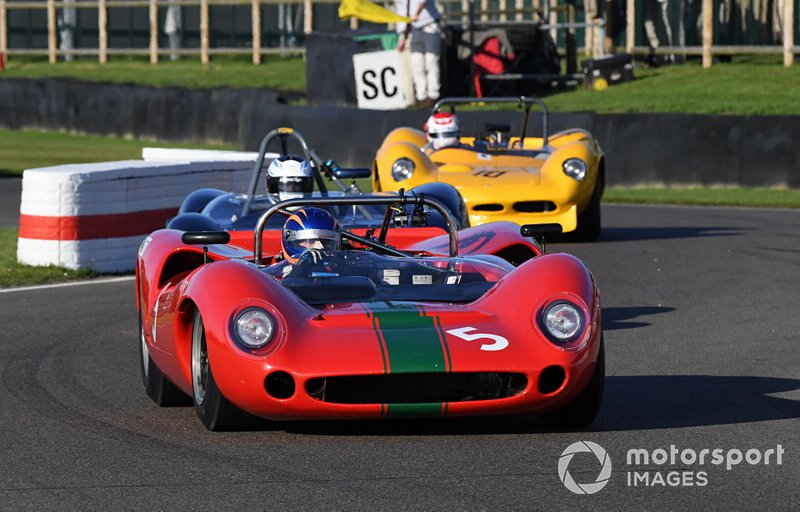Whitsun Trophy Tony Sinclair Lola T70
