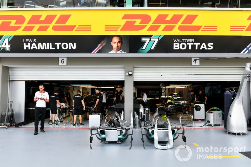 Garage of Mercedes AMG F1 W10
