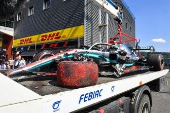 La voiture de Lewis Hamilton, Mercedes F1 AMG W10 après son accident